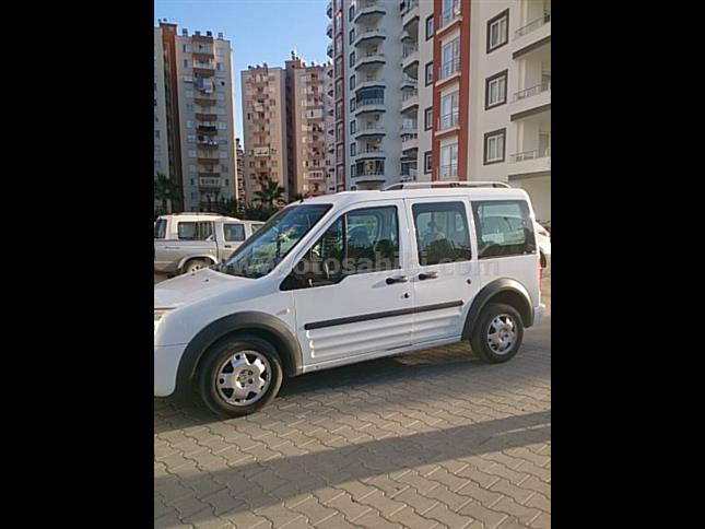 KAZASIZ DARBESİZ FORD CONNECT 90 LIK TUTULAN MODEL